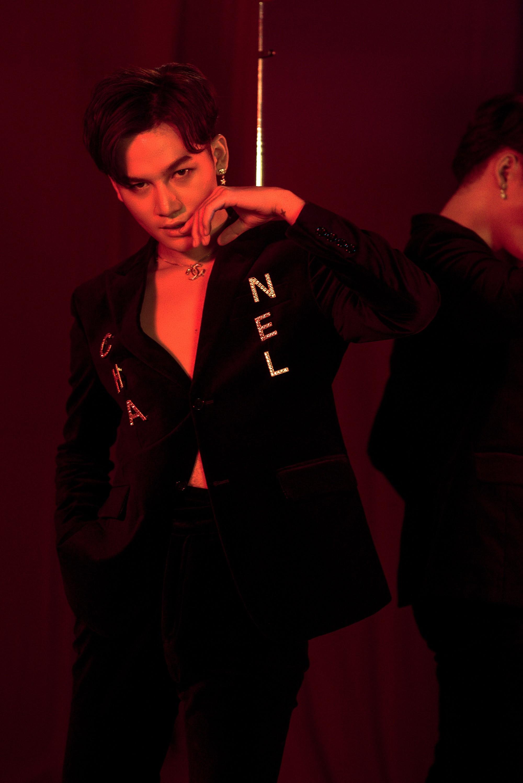 Ali Hoàng Dương lột xác cá tính trong album đầu tay sau 2 năm đăng quang The Voice 2017 - Ảnh 4.