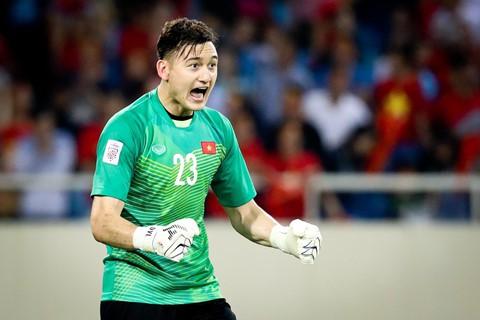 Vì sao cầu thủ Việt kiều khó thành công ở tuyển Việt Nam? - Ảnh 3.