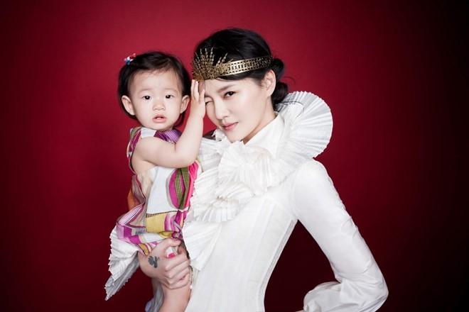 Sao Hoa ngữ khổ sở vì bệnh tật và trầm cảm sau khi sinh con - Ảnh 8.