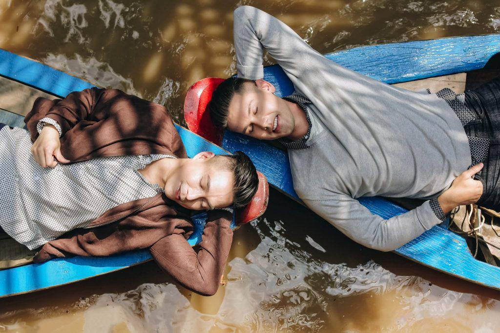 Bộ ảnh đẹp như mơ tại Việt Nam của cặp đôi đồng tính nổi tiếng đến từ Philippines - Ảnh 2.