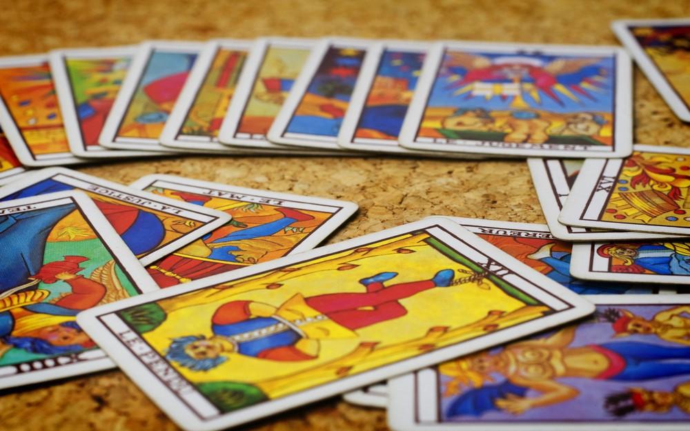 Tử vi hôm nay (06/5) qua lá bài Tarot: Hãy làm cuộc sống dễ dàng hơn!