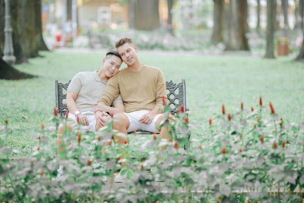 Bộ ảnh đẹp như mơ tại Việt Nam của cặp đôi đồng tính nổi tiếng đến từ Philippines - Ảnh 6.
