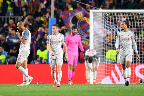 Barca lập kỷ lục bất bại, Liverpool ghi cột mốc đau thương - Ảnh 1.