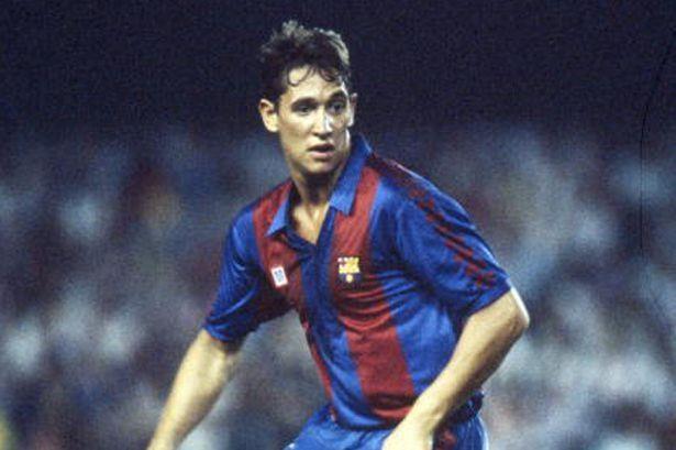 Huyền thoại MU ăn mừng khi Messi đá phạt vào lưới Liverpool - Ảnh 2.