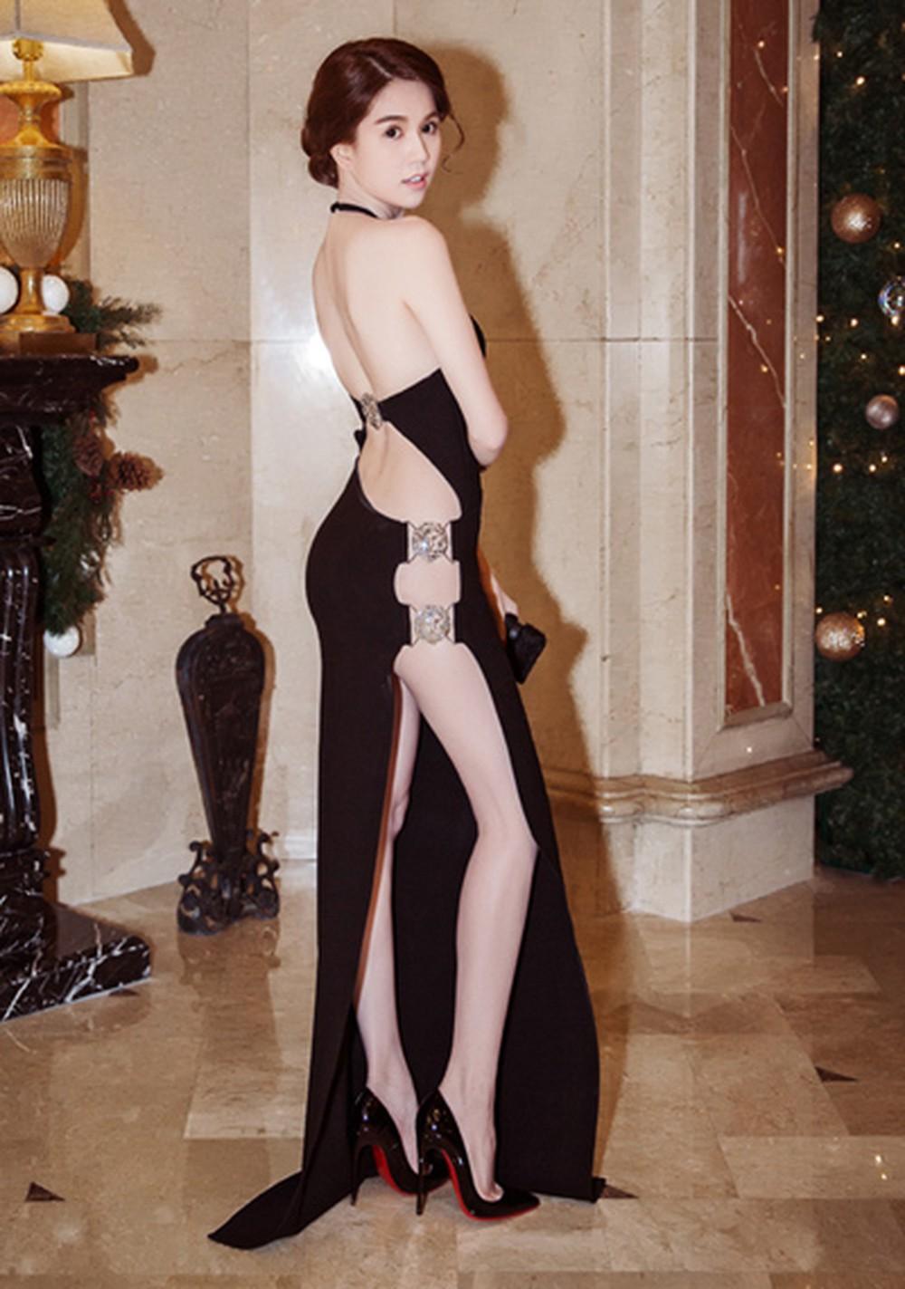 Trước LHP Cannes 2019, Ngọc Trinh cũng từng bị ném đá vì những chiếc váy mặc như không mặc - Ảnh 7.