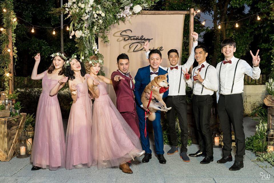 Hình ảnh đám cưới đẹp như trong mơ của cặp đôi đồng tính nam khiến nhiều người ghen tị - Ảnh 2.