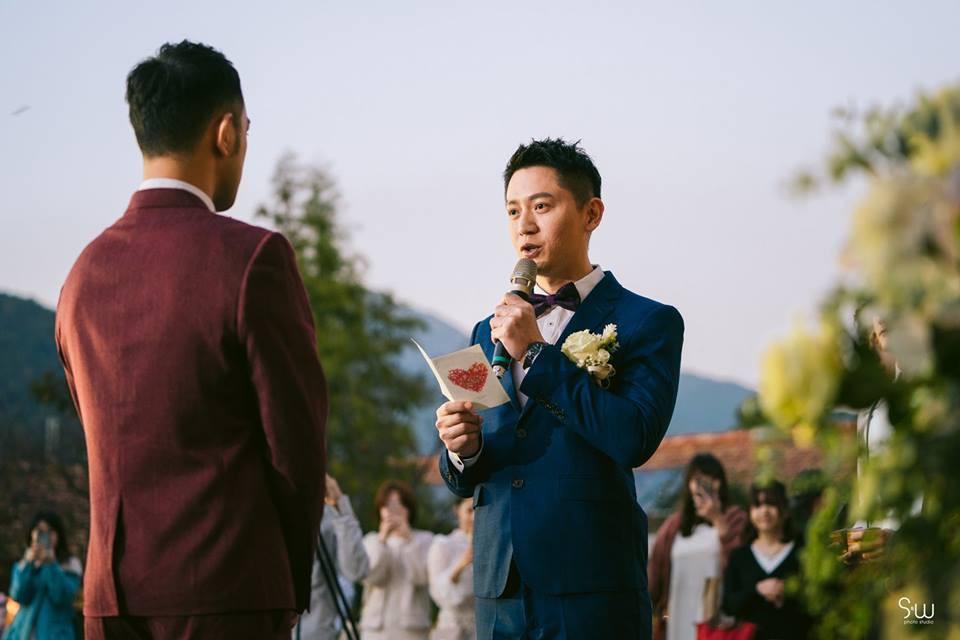 Hình ảnh đám cưới đẹp như trong mơ của cặp đôi đồng tính nam khiến nhiều người ghen tị - Ảnh 8.