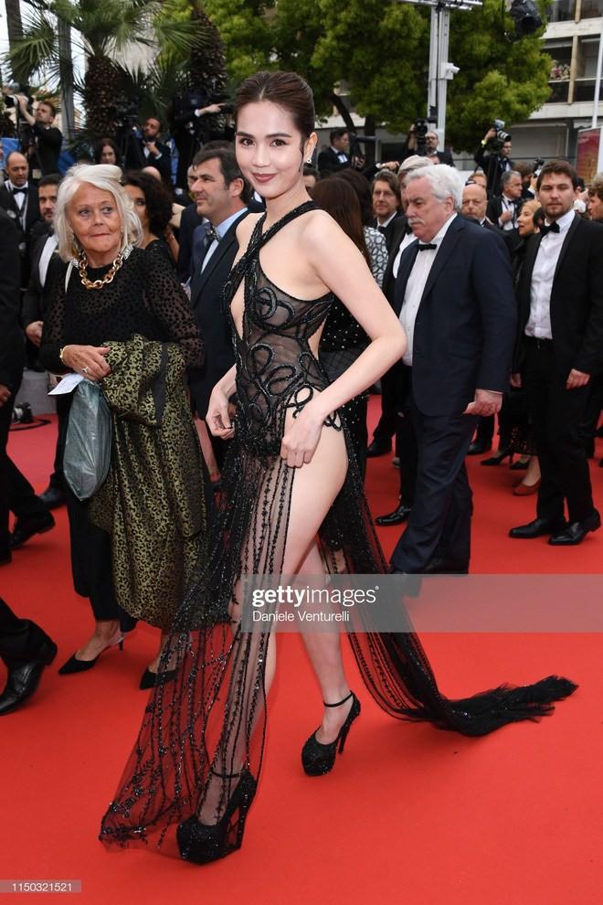Ngọc Trinh mặc như không lên thảm đỏ Cannes 2019 - Ảnh 4.