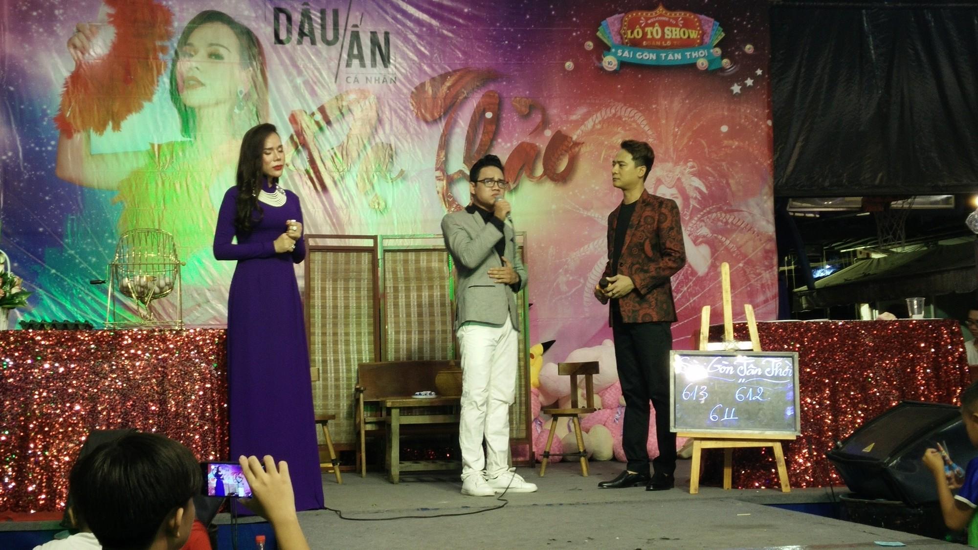 Được Lộ Lộ ủng hộ, ca sĩ chuyển giới Dạ Thảo tỏa sáng trong mini show đầu tay - Ảnh 3.