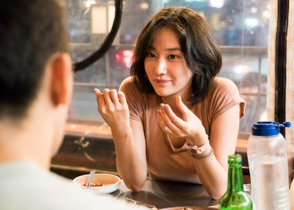 Không sở hữu nhan sắc lộng lẫy, những nữ diễn viên này vẫn đủ sức khuynh đảo điện ảnh xứ Hàn - Ảnh 12.