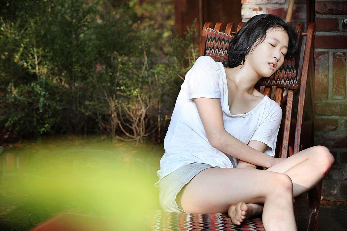 Không sở hữu nhan sắc lộng lẫy, những nữ diễn viên này vẫn đủ sức khuynh đảo điện ảnh xứ Hàn - Ảnh 5.