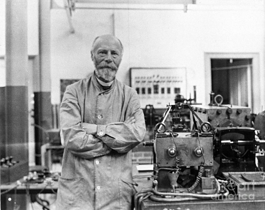 Willem Einthoven - Cha đẻ của điện tâm đồ ngày nay - Ảnh 3.