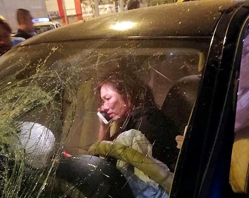 Gia đình nạn nhân đòi nữ tài xế BMW gây tai nạn hàng loạt ở Hàng Xanh bồi thường 2 tỉ đồng - Ảnh 1.