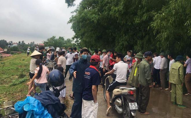 Hà Nam: Chở khách liên huyện rồi không về nhà, tài xế xe ôm được phát hiện đã tử vong ở bụi rậm - Ảnh 1.