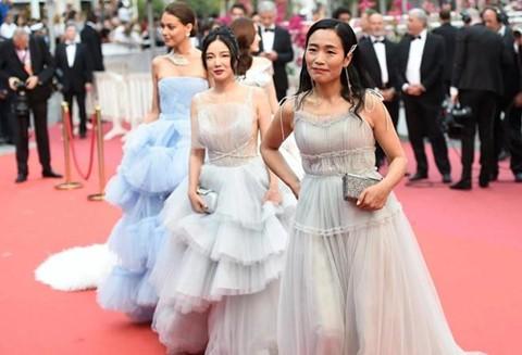 Đằng sau sự hào nhoáng của Cannes: Thuê gái điếm dễ như đặt pizza - Ảnh 1.