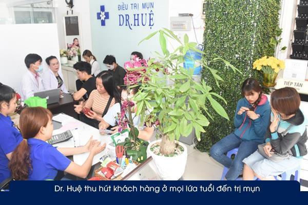 Tại sao Trung tâm trị mụn Dr. Huệ được nhiều người lựa chọn ở Sài Gòn? - Ảnh 1.