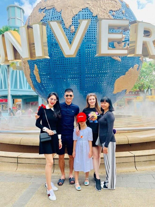 Sao Việt hôm nay (21/5): Mạc Hồng Quân tậu nhà tiền tỉ ăn mừng bà xã có tin vui, học trò Mỹ Tâm lột xác gợi cảm sau khi giảm 34 kg - Ảnh 6.