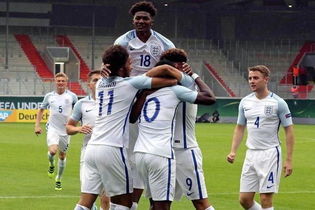 Dự đoán bóng đá hôm nay, U18 Slovakia vs U18 Anh (23h00 21/05): Nhận định giao hữu quốc tế - Ảnh 1.