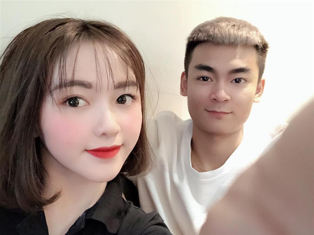 Nhan sắc đỉnh cao của hot girl Hà Phương - cháu gái Quang Cuốn - Ảnh 1.