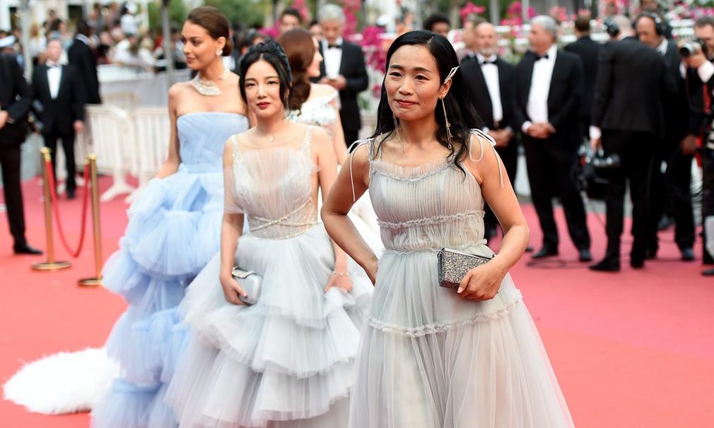 Sự thật nhơ nhuốc về nạn mại dâm, đổi tình lấy vai ở Cannes  - Ảnh 4.