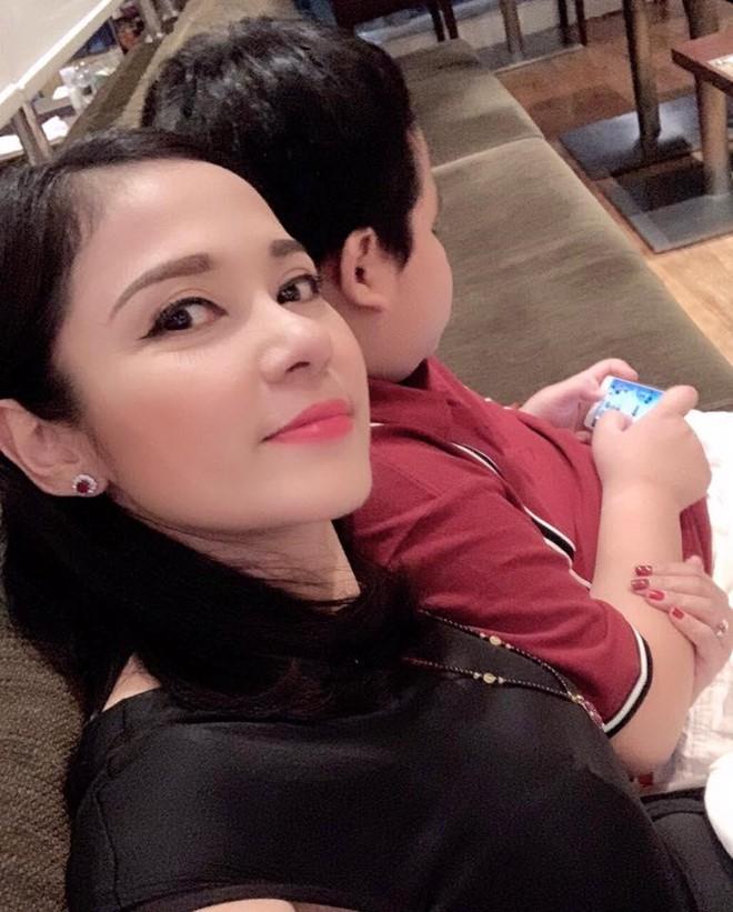 Việt Trinh kể ngày trẻ ham chơi và ăn hiếp bạn trai - Ảnh 2.
