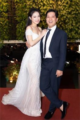 Sao Việt hôm nay (22/5): Tân Hoa hậu Sắc đẹp toàn cầu châu Á 2019 bị ném đá vì đăng ảnh bán nude, Hải Băng tiết lộ lí do triệt sản - Ảnh 2.