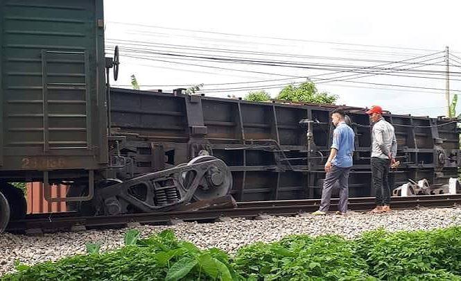 Hé lộ nguyên nhân vụ tai nạn đường sắt ở Nam Định - Ảnh 1.