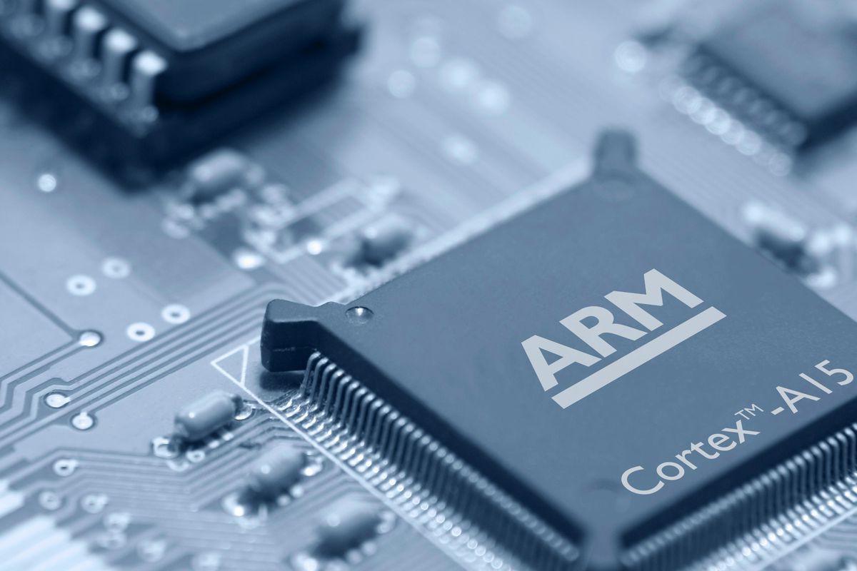 ARM dừng hợp tác: Dấu chấm hết cho smartphone Huawei? - Ảnh 2.