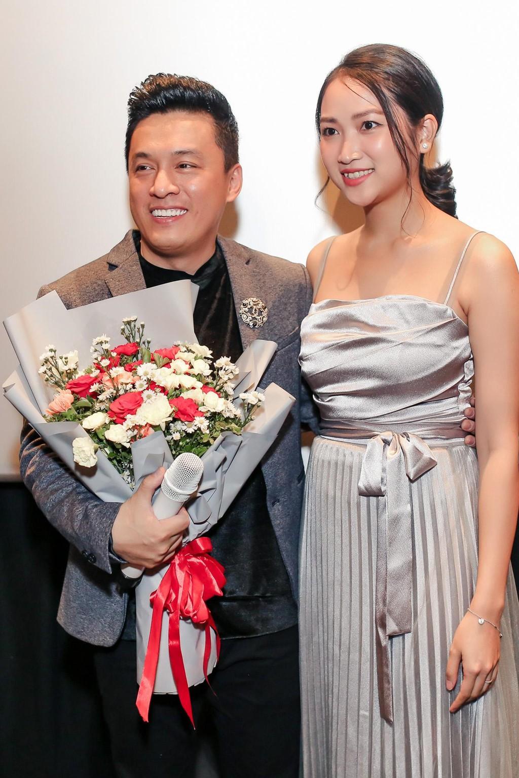 Đàm Vĩnh Hưng ôm hôn Lam Trường, nhắn nhủ: Nếu bị dính scandal thì hãy tìm Hưng để được giải - Ảnh 4.