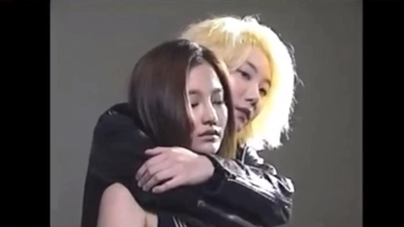 Điểm mặt những MV Kpop với chủ đề LGBT có thể bạn chưa biết (P.2) - Ảnh 11.