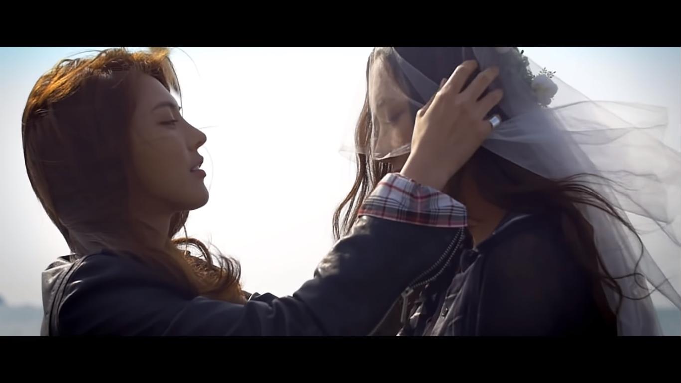 Điểm mặt những MV Kpop với chủ đề LGBT có thể bạn chưa biết (P.2) - Ảnh 16.