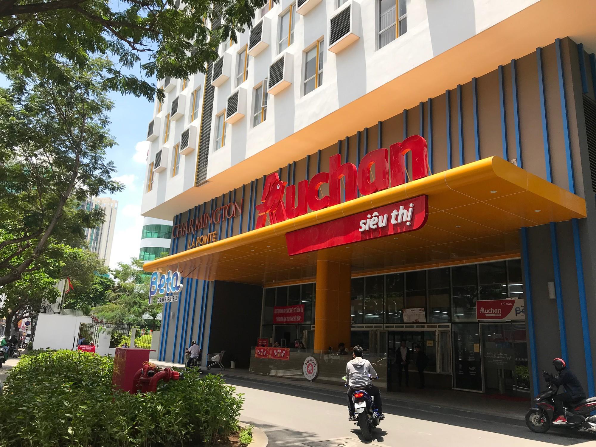 Cùng Auchan, những đại gia ngoại nào từng tháo chạy khỏi thị trường bán lẻ Việt Nam? - Ảnh 1.