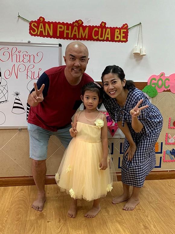 Sao Việt hôm nay (24/5): Dương Khắc Linh khóa môi vợ tương lai trước tiệm áo cưới, Lâm Khánh Chi ngọt ngào mừng sinh nhật chồng trẻ - Ảnh 1.