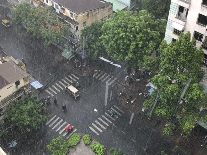 Dự báo thời tiết hôm nay 26/5/2019: Ngày nắng, chiều tối mưa diện rộng - Ảnh 2.
