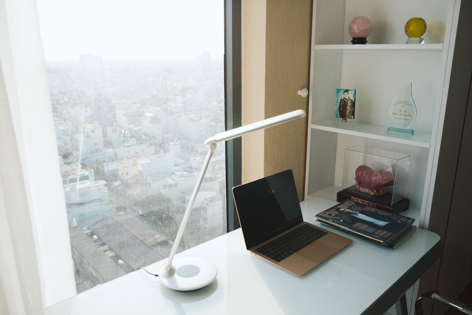 Diễn viên Minh Luân tự hào khoe căn hộ rộng 100 m2 sau 10 năm lập nghiệp ở TP HCM  - Ảnh 8.