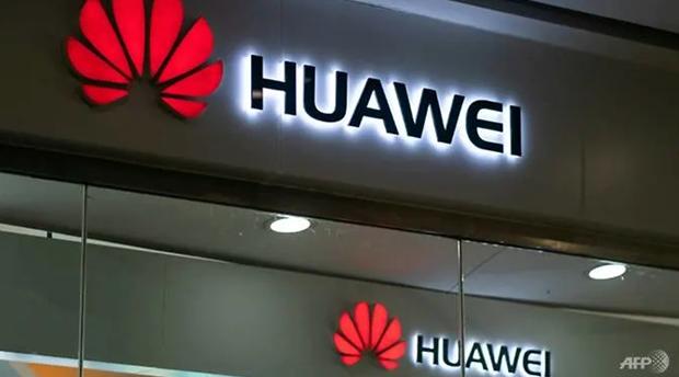 Nhân viên Huawei lo lắng trước lệnh trừng phạt của Mỹ - Ảnh 1.