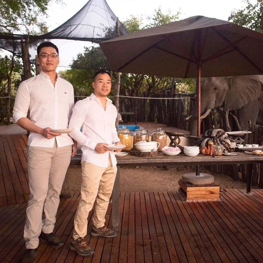Cháu trai của thủ tướng Singapore Lý Hiển Long khiến người dân bất ngờ khi kết hôn đồng giới - Ảnh 1.