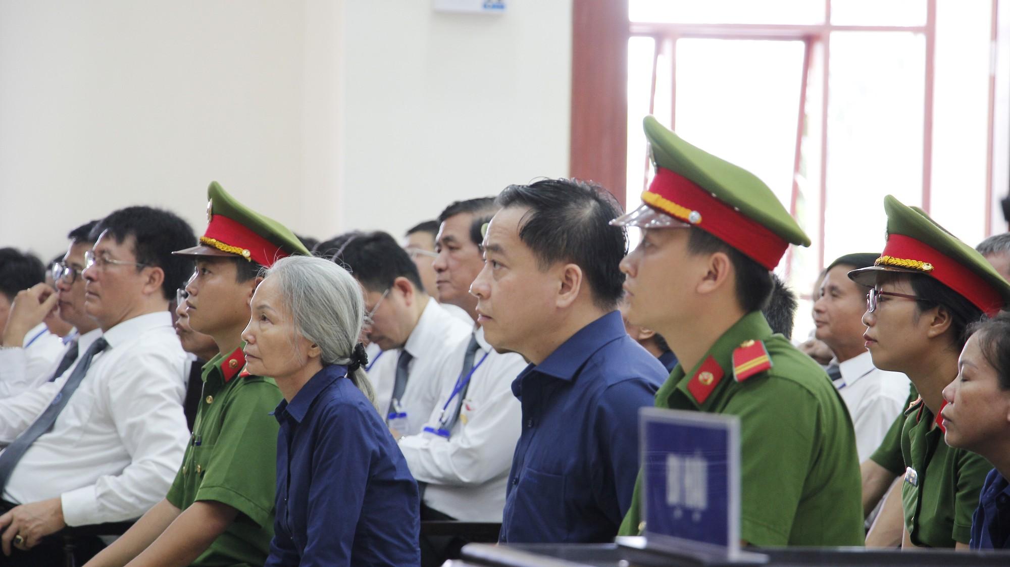 Phan Văn Anh Vũ: Hãy xử bị cáo bằng đúng pháp luật - Ảnh 2.