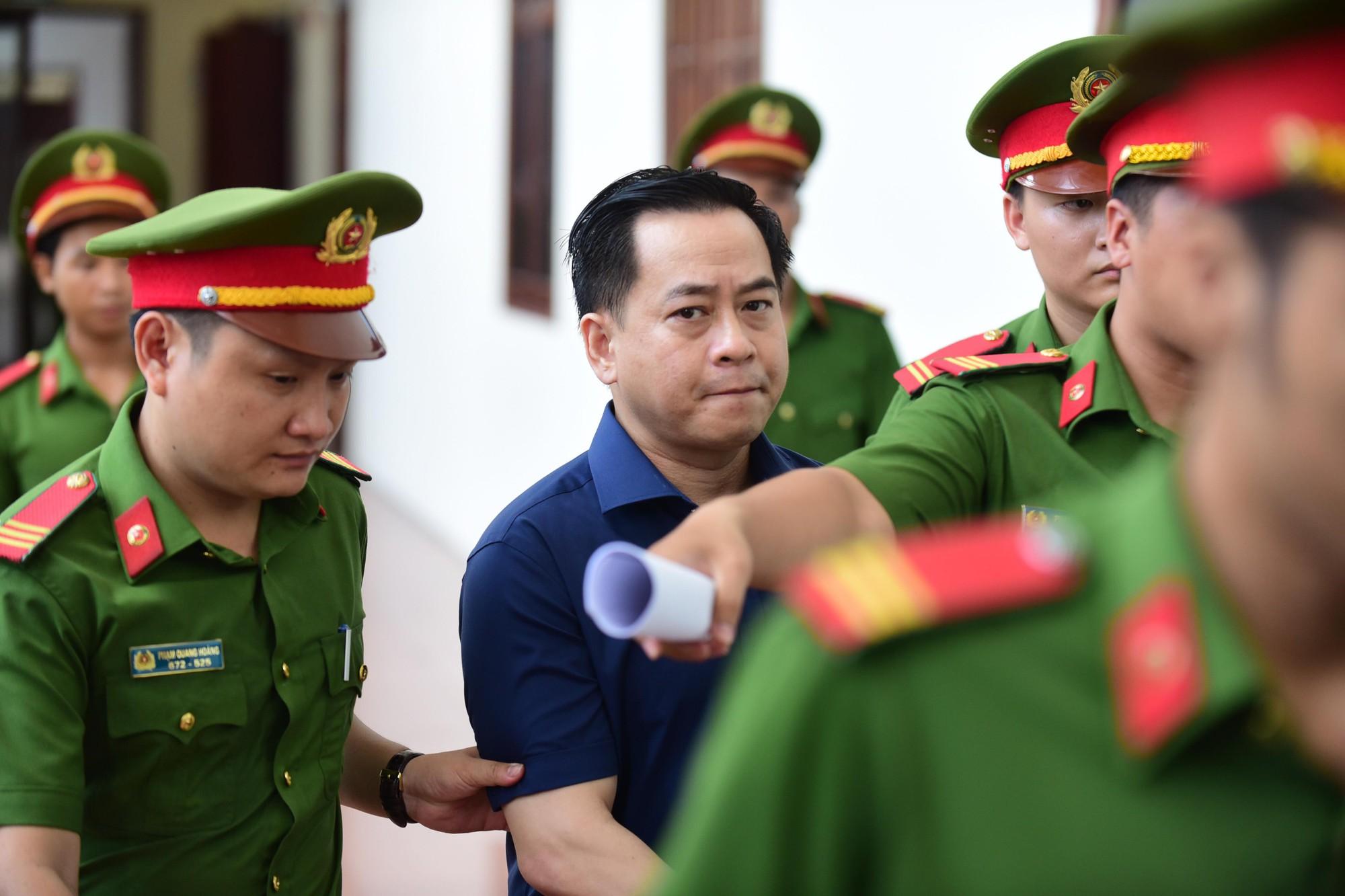 Phan Văn Anh Vũ: Hãy xử bị cáo bằng đúng pháp luật - Ảnh 4.