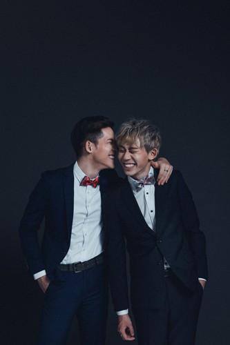 Người LGBT ở Đài Loan (Trung Quốc) vui mừng khi được kết hôn đồng giới nhưng cặp đồng tính điển trai này lại đau buồn vì lí do không ngờ  - Ảnh 6.