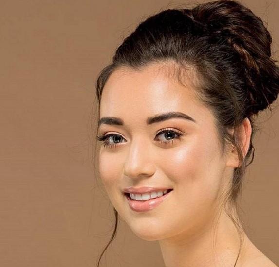Nhan sắc Hoa hậu Thế giới New Zealand 2019 vừa lộ diện - Ảnh 4.
