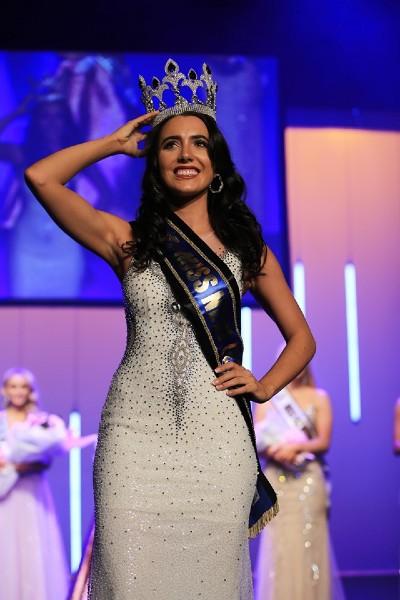 Nhan sắc Hoa hậu Thế giới New Zealand 2019 vừa lộ diện - Ảnh 1.