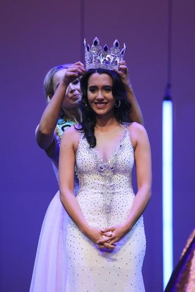 Nhan sắc Hoa hậu Thế giới New Zealand 2019 vừa lộ diện - Ảnh 3.