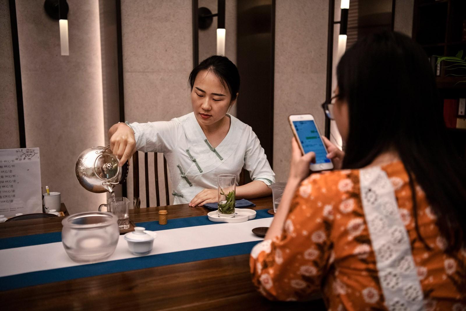 Bên trong Huawei: Đế chế công nghệ bí ẩn của thế giới nhưng là niềm mơ ước của người lao động Trung Quốc - Ảnh 15.