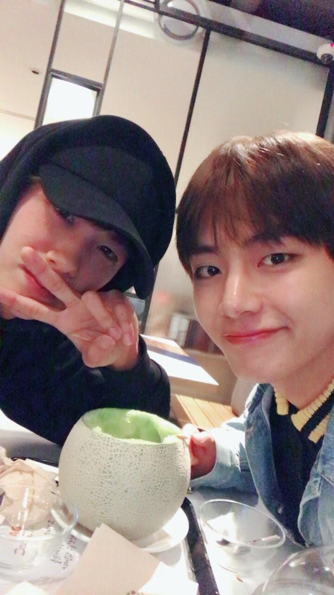 Những tình anh em trong giới giải trí Hàn Quốc khiến fan đẩy thuyền đam mỹ mê mệt (P.1)  - Ảnh 22.