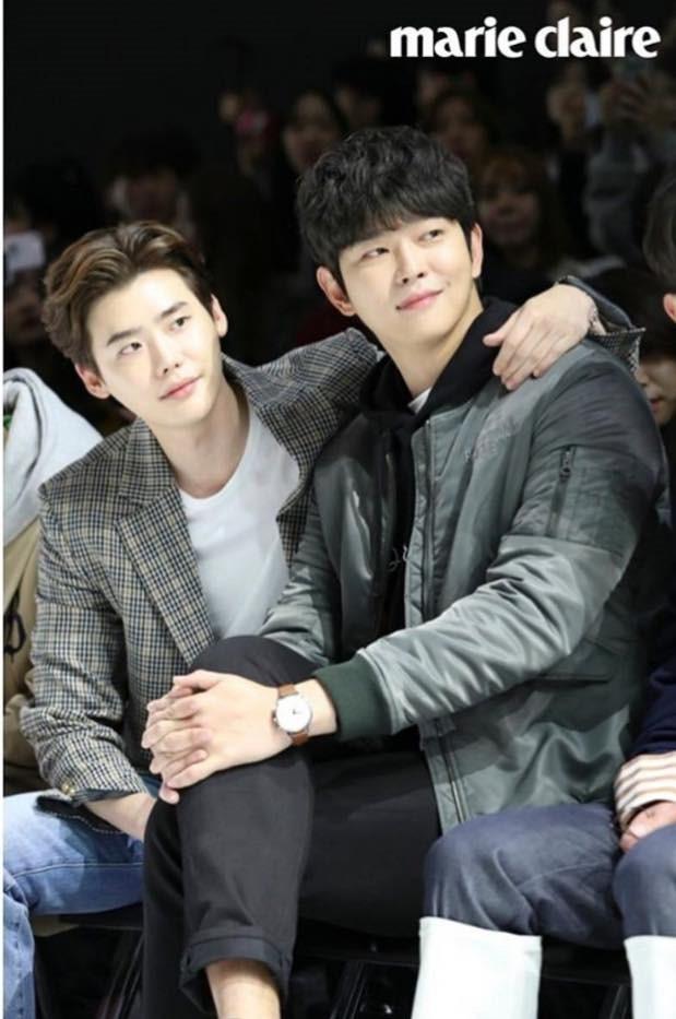 Những tình anh em trong giới giải trí Hàn Quốc khiến fan đẩy thuyền đam mỹ mê mệt (P.1)  - Ảnh 23.
