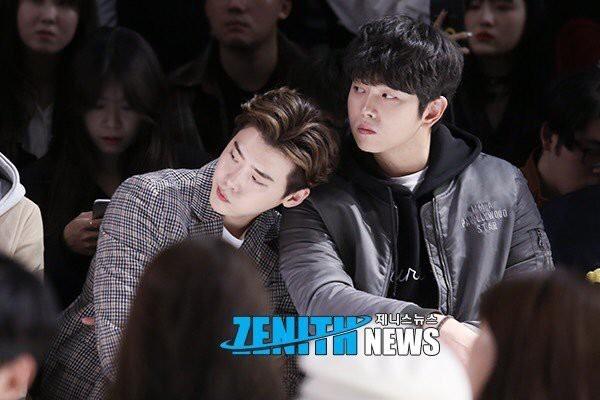 Những tình anh em trong giới giải trí Hàn Quốc khiến fan đẩy thuyền đam mỹ mê mệt (P.1)  - Ảnh 28.