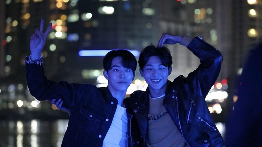 Những tình anh em trong giới giải trí Hàn Quốc khiến fan đẩy thuyền đam mỹ mê mệt (P.1)  - Ảnh 8.