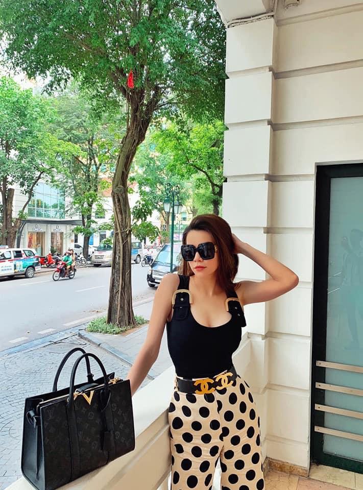 Sao Việt hôm nay (28/5): Đàm Thu Trang bị nghi đang mang bầu, lộ thiệp cưới của Dương Khắc Linh và Sara Lưu - Ảnh 6.
