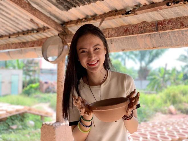 Sao Việt hôm nay (28/5): Đàm Thu Trang bị nghi đang mang bầu, lộ thiệp cưới của Dương Khắc Linh và Sara Lưu - Ảnh 7.